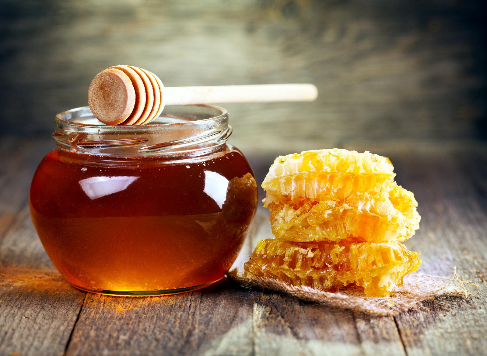 Суровият пчелен мед съдържа пробиотици с множество полезни свойства